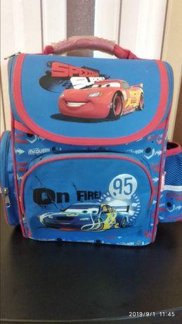 Портфель, рюкзак в школу для мальчика