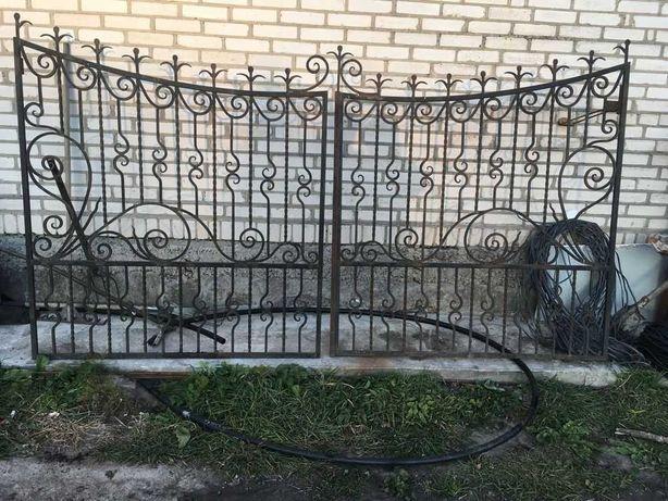 продам ковані ворота з хвірткою