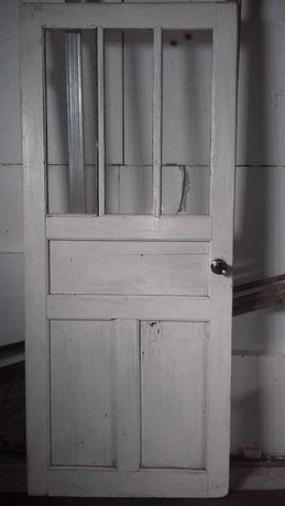 Дверь деревянная 0.850×200
