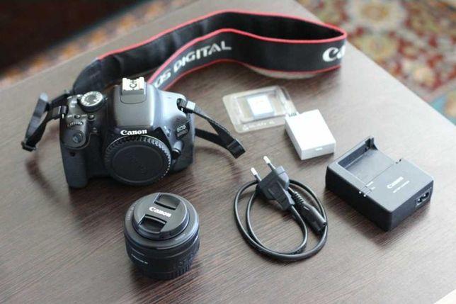 Canon 600D ідеальний стан.