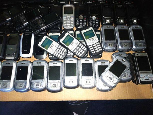 69 телефонов + БП + кабеля + наушники