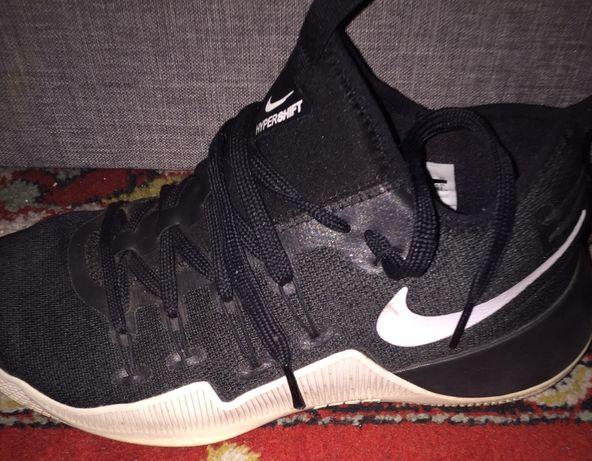 Кроссовки баскетбольные nike hypershift