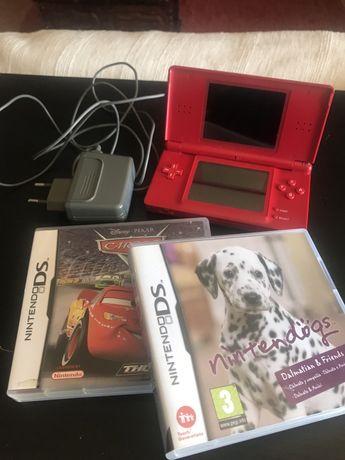 Nintendo DS com carregador e 2 jogos