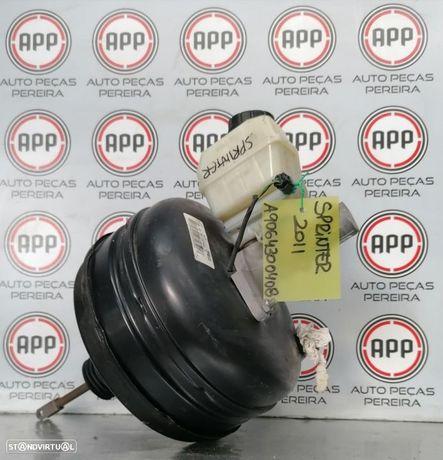 Servo freio Mercedes Spriter W906, 2011, referência A9064300408