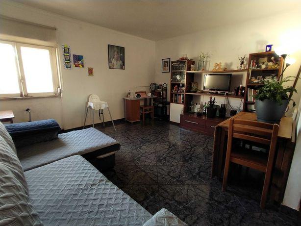 Apartamento T2 na Quinta das Dálias - Famões