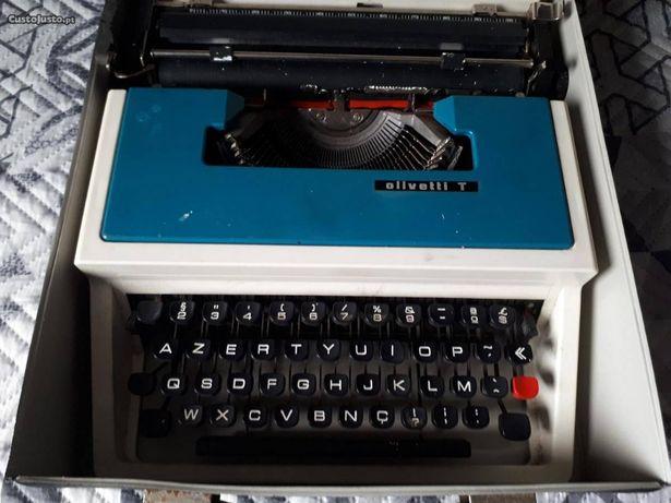 Máquina de Escrever Olivetti T