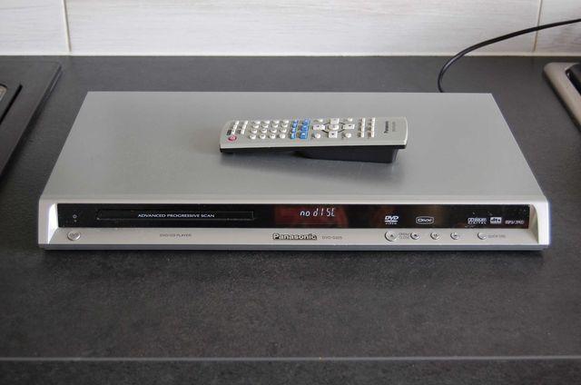 Odtwarzacz DVD Panasonic S 325 - sprawny z pilotem