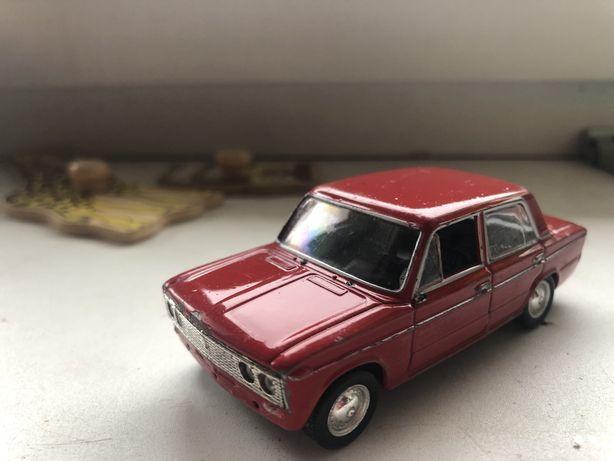модель Lada 1500 1:43