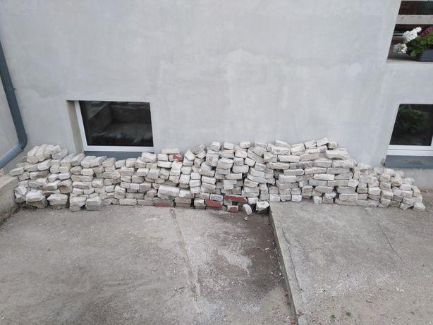 Cegły z rozbiórki za darmo