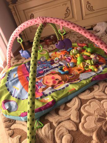 Розвиваючий дитячий коврик , погремушки