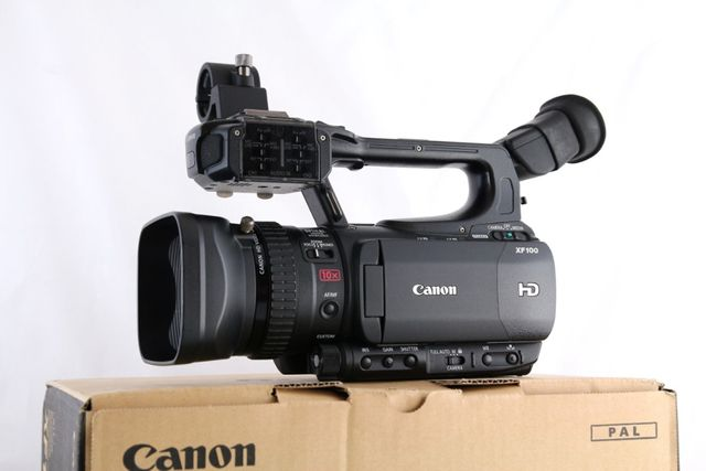 profesjonalna kamera Canon XF100E