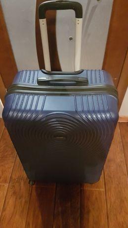 Чемодан, валіза дорожня
