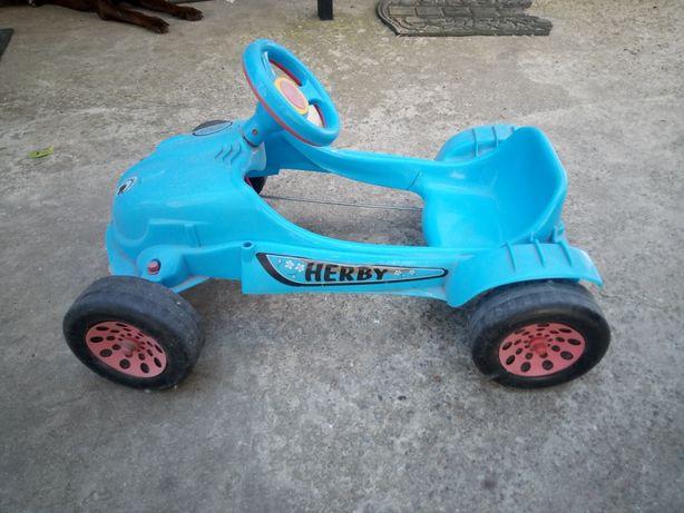 Детская машинка на педалях herby