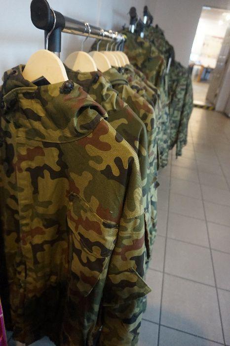 Wojskowa kurtka z kapturem. Duża ilość! Toruń - image 1
