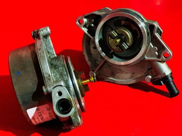 Вакуумный вакуумний насос Audi Q7 Ауди Кю7 Ку7 Volkswagen Touareg