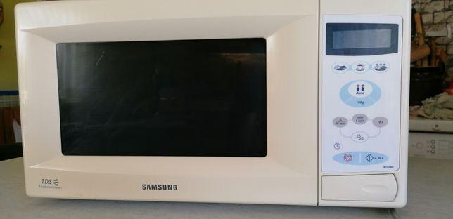 Mikrofalówka Samsung M1638N
