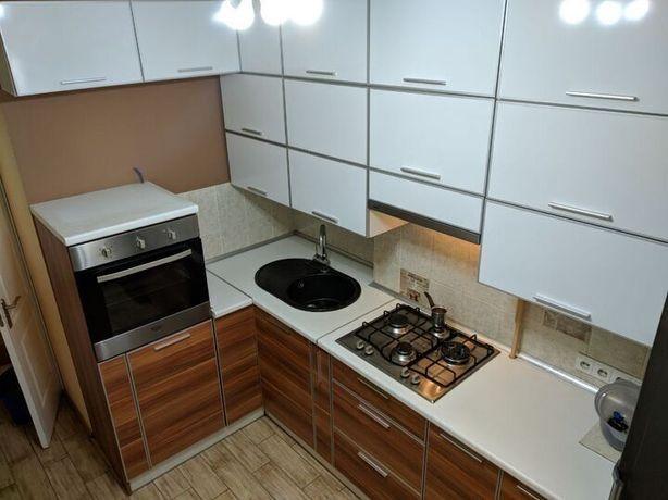 Продам 3 комнатную квартиру на Салтовке в 604 м/р-не ТРК Украина