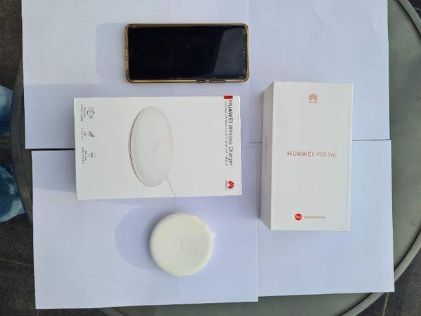 Huawei P30PRO + ładowarka indukcyjna