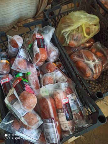 Корм для животных, колбаса, сосиски