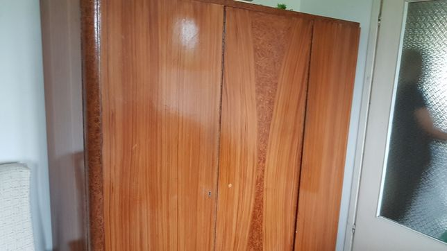 Stara , drewniana szafa