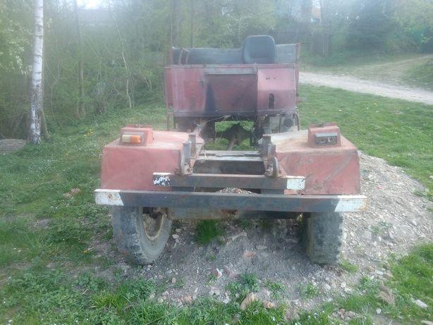 Саморобний трактор без мотора