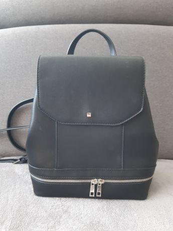 Plecak czarny Reserved