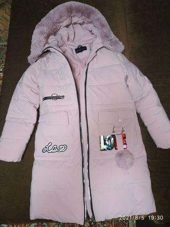 Куртка зимняя для девочки 8-10 лет