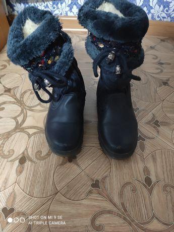 Зимние ботинки размер 32