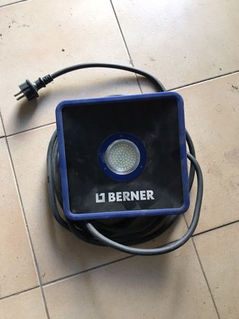 Projector LED 32 W, 230 V