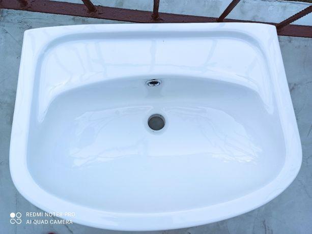 Umywalka, szerokość 60 cm. Nowa!!!