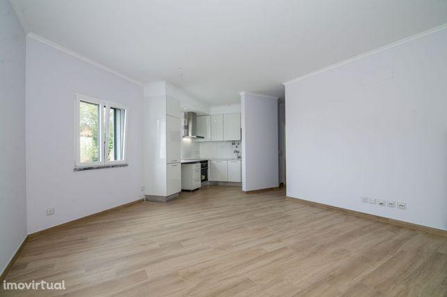 Apartamento T1 Novo em Bucelas com Parqueamento