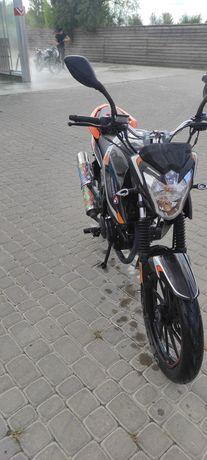 Мотоцикл Spark SP 200-r28