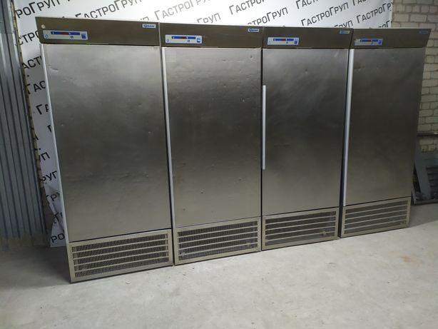 Холодильный шкаф 625 л Gram