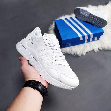 Женские кроссовки Adidas Jogger белые