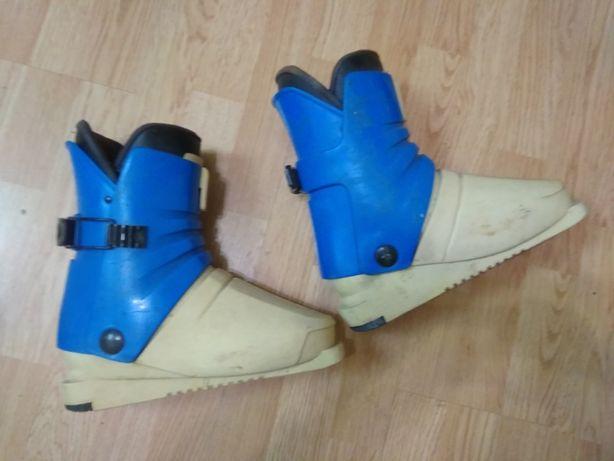 Горнолыжные ботинки Salto 37р.