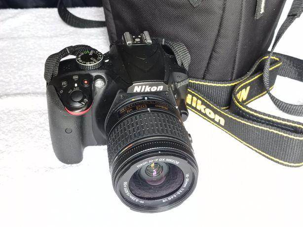 Câmera Nikon D3400 com lente 18-55mm VR e bolsa