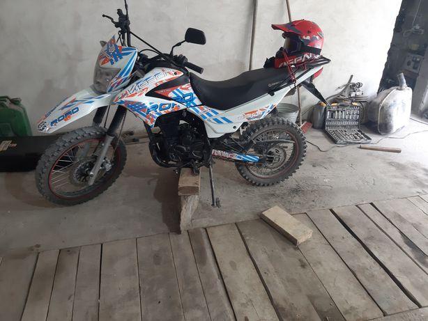 Продам Geon x road 200