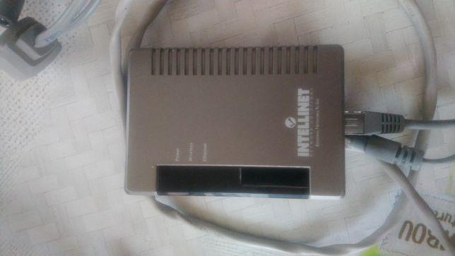 Switch 8 Portów Router Zasilacz Okablowanie