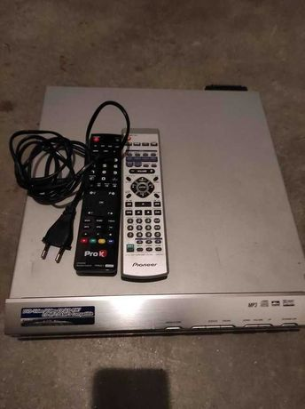 Leitor DVD e sistema de som