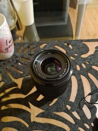 Obiektyw Sony FE 28-70 mm f/3.5-5.6 OSS