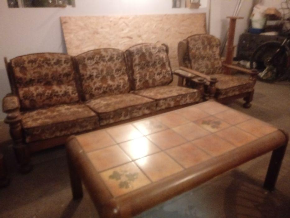 Komplet sofa fotele dębowe do renowacji sprzedam Rynarzewo - image 1