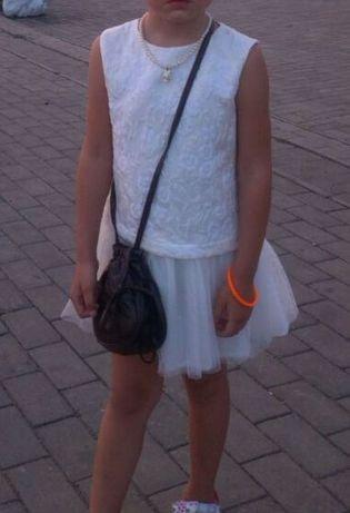 Нарядное нежное платье Charabia для девочки 2-5 лет