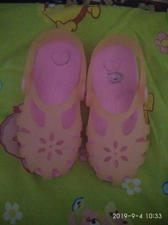 Crocs тапочки