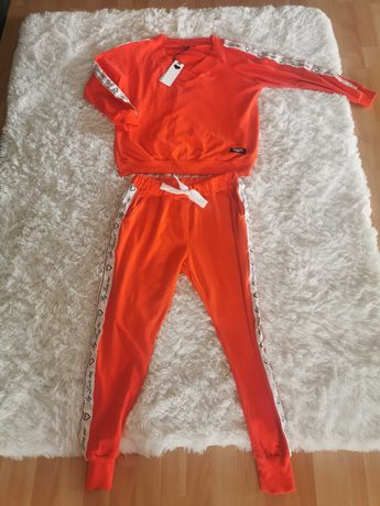 Dres komplet By love me nowy M BLM.
