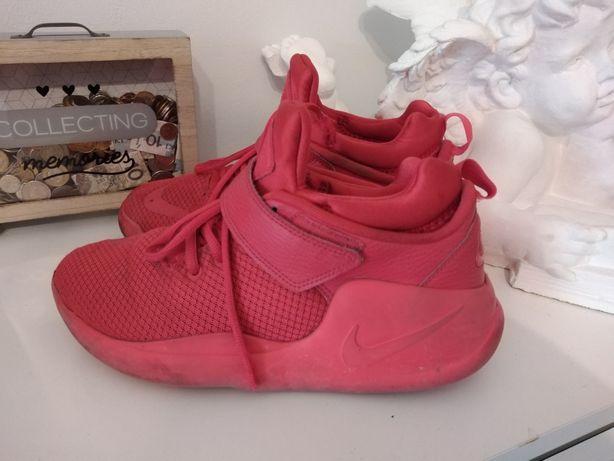 Nike kwazi Red