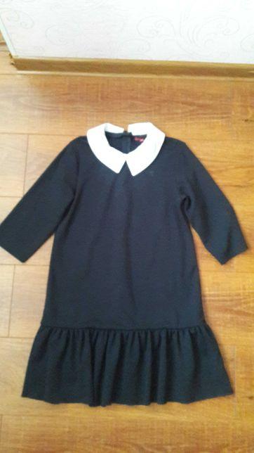 Продам плаття шкільне для дівчинки
