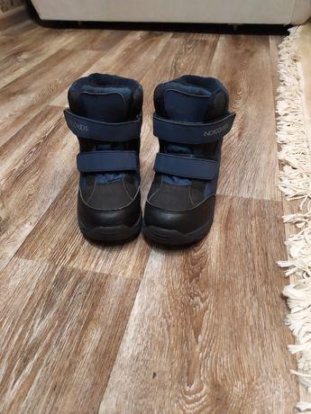 Продам зимние термо ботинки на мальчика 32 размер