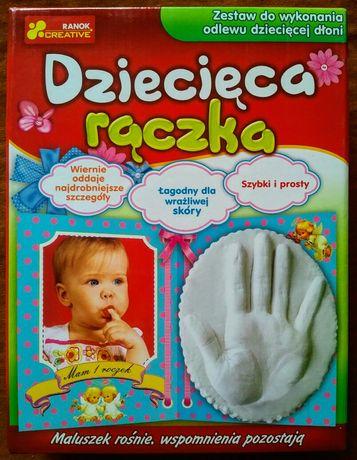 Zestaw do wykonania odlewu dziecięcej dłoni