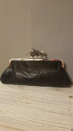 Mała czarna torebki do ręki