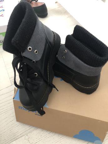 Стильные практичные демисезонные ботинки на девочку 32 размер